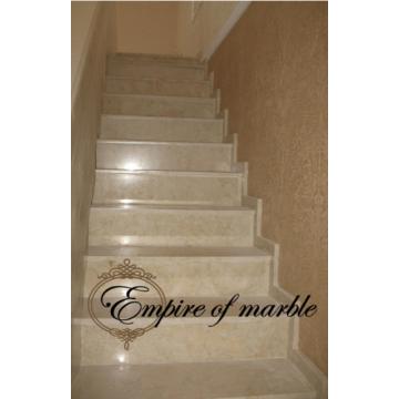 Классическая мраморная лестница