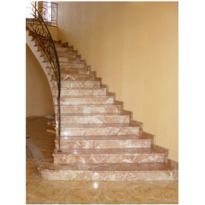 Мраморная радиальная лестница изготовлена из мрамора Тиа роз