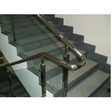 Лестница з украинского гранита Покостовка светло-серого цвета
