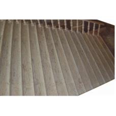 Мраморная лестница с балясинами из мрамора Каррара бьянко