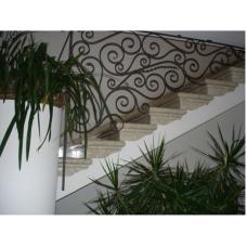 Мраморная лестница из мрамора «Агора беж» (Турция)