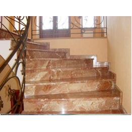 Лестница-70 Радиусная мраморная лестница из мрамора «Тиа рос»
