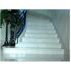 Лестница-76 Мраморная радиусная лестница из мрамора «Агора беж»
