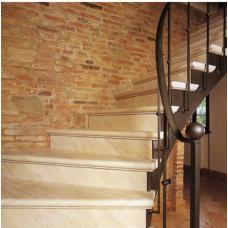 Лестница-96 Мраморная лестница из мрамора «Капуччино»