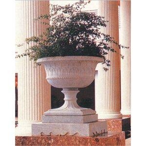 Коллекция садовых ваз