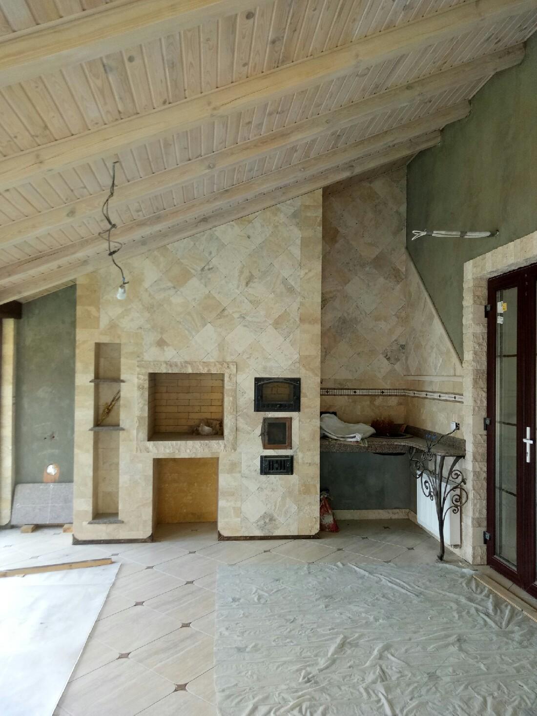 Камень Травертин в помещении